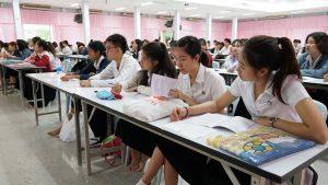 สถาบันขงจื่อมหาวิทยาลัยสวนดุสิต สุพรรณบุรี ร่วมกับ มหาวิทยาลัยกวางสี จัดบรรยายวิชาการ เรื่องความเป็นมาของเศรษฐกิจจีน – ไทย